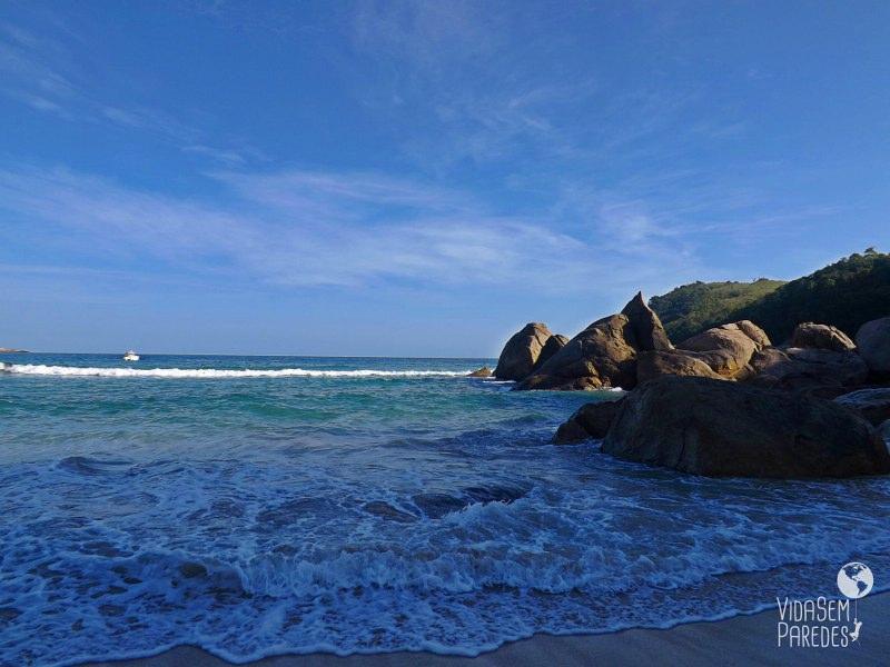 Conhecendo as praias de Trindade