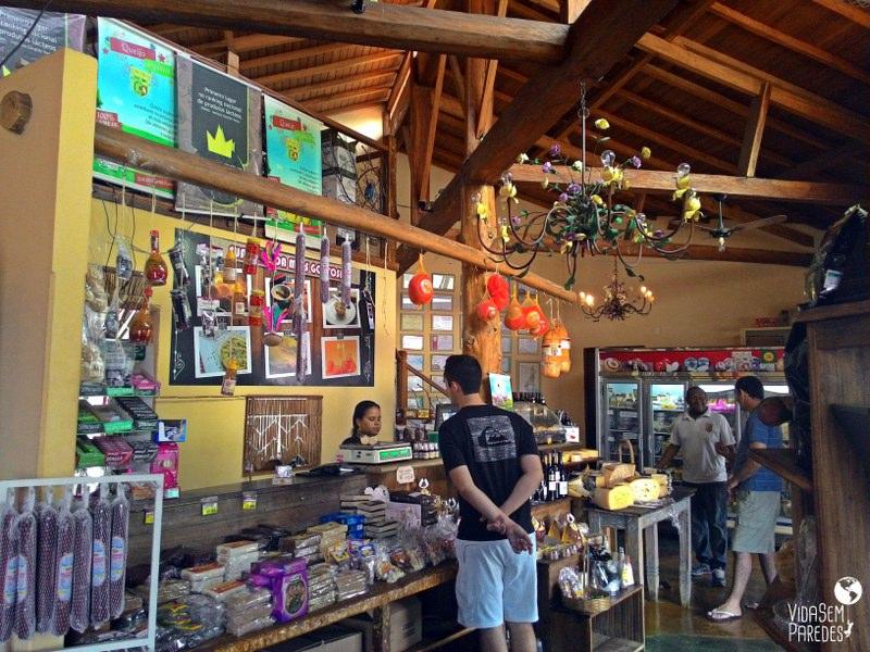 Empório Cruzília: queijos finos, cachaças, geleias, cafés especiais etc