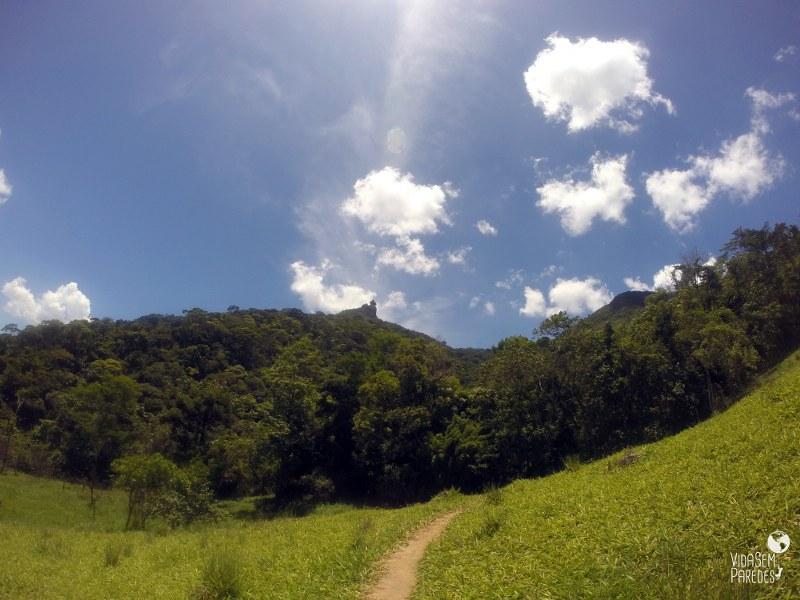 Vida sem Paredes - Pedra do Peito de Pombo, Arraial do Sana, Macaé - RJ(1)