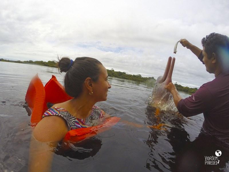 Passeio com os botos em Manaus