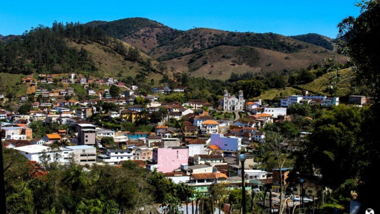 Santa Rita de Jacutinga Minas Gerais fonte: vidasemparedes.com.br