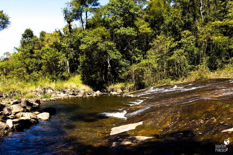 cachoeiras em Santa Rita de Jacutinga - MG: Cachoeira do Escorrega