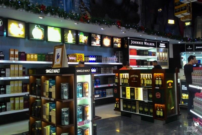 c76195198f906 Como são as compras no Duty-Free Shop de Puerto Iguazú, Argentina
