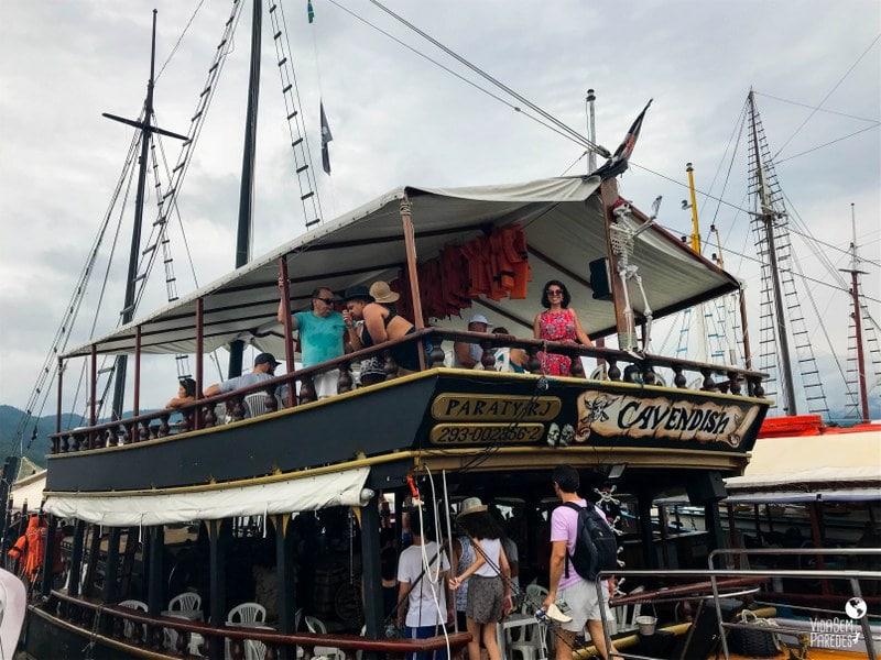 paraty passeios de barco