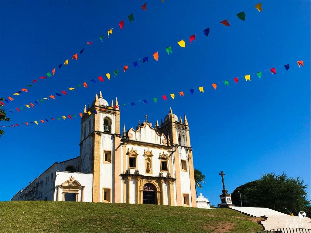 O que fazer no centro histórico de Olinda, Pernambuco: Ig. do Carmo