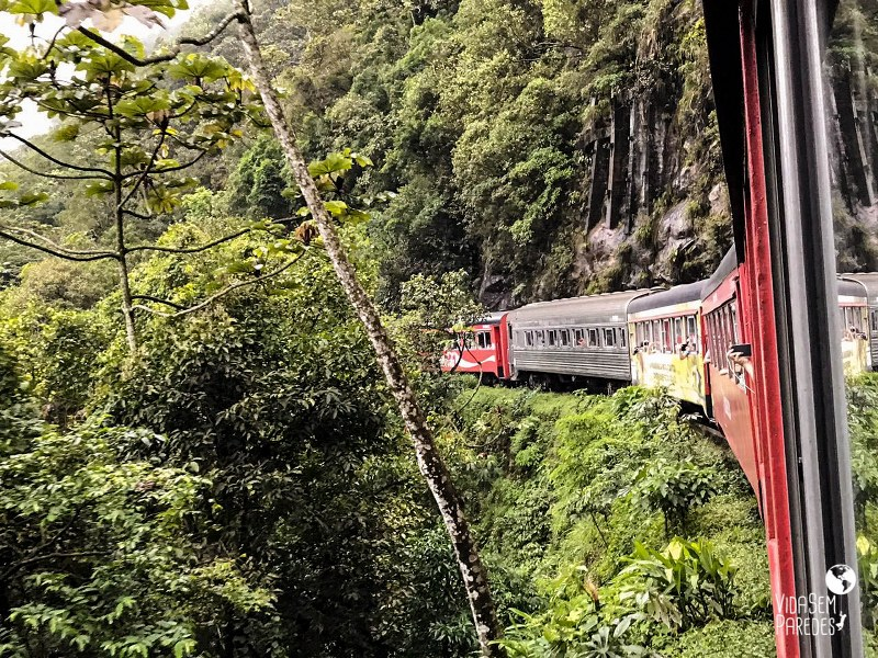 Como é o passeio de trem Curitiba x Morretes