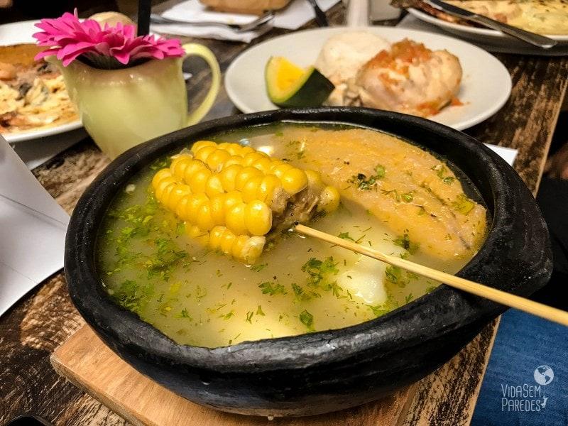 comidas da colombia sancocho